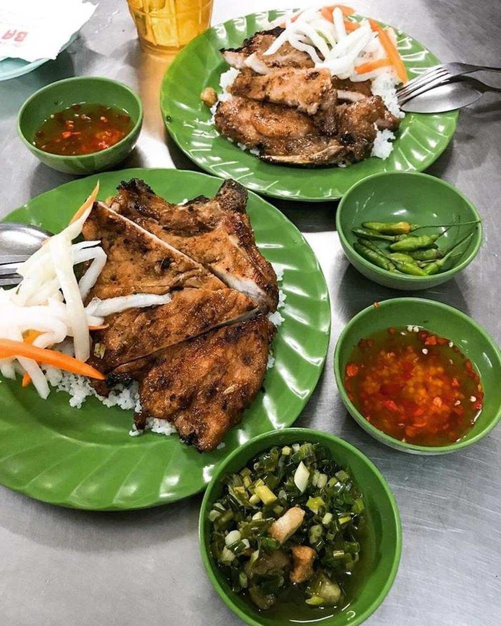 Cơm tấm, Sài Gòn